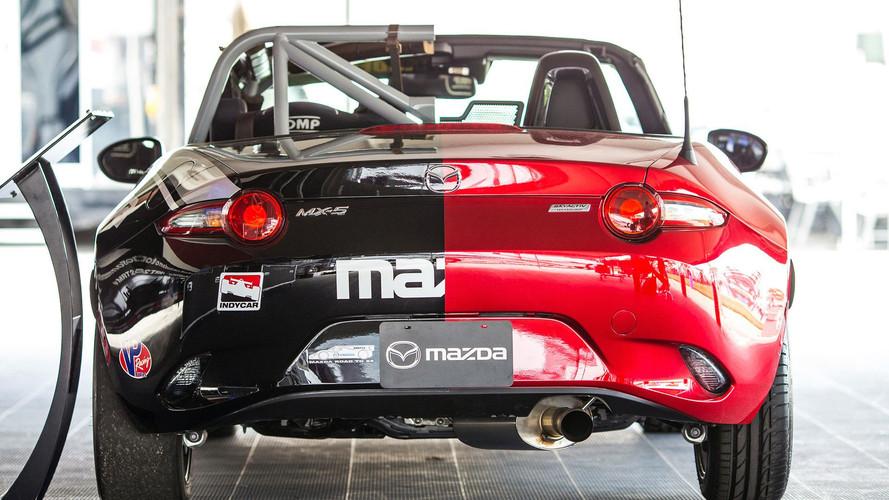Halfie Mazda MX-5 Miata Concept 2017