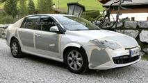 Renault Laguna Sedan