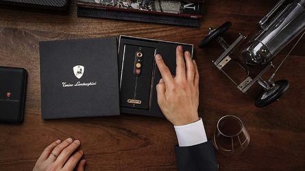 VIDÉO - Lamborghini présente son smartphone à 1900 euros !