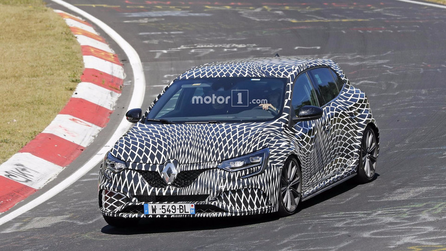 2018 Renault Megane RS yine Nürburgring'de