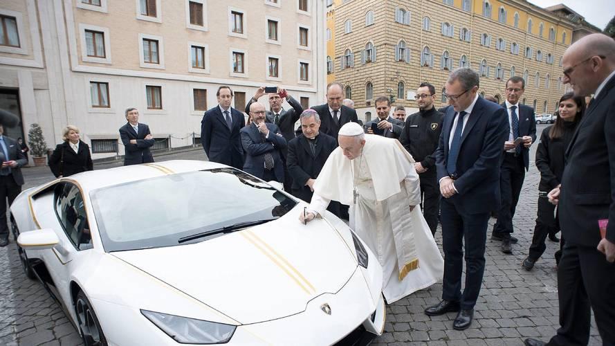 Lamborghini offre une Huracan au Pape François