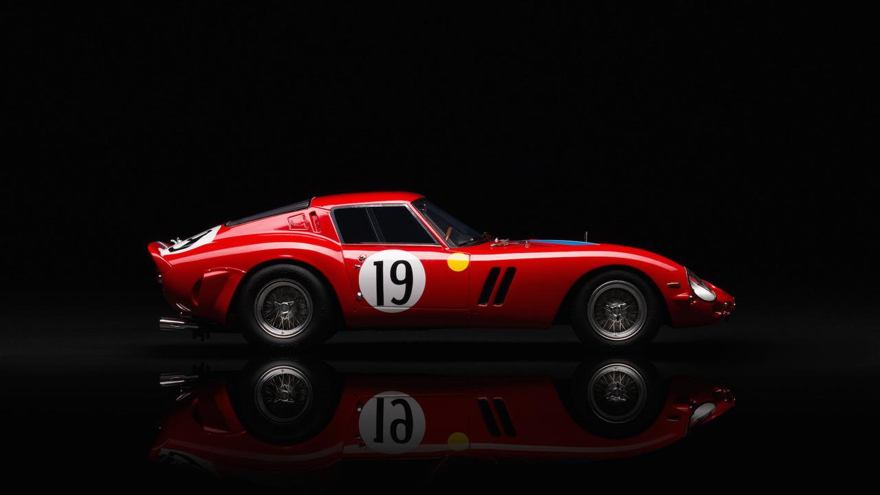 Amalgam Ferrari 250 GTO 1:18 Scale Model