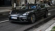 Ao vivo: Porsche Panamera 2017 já passeia limpinho pelas ruas de Berlim