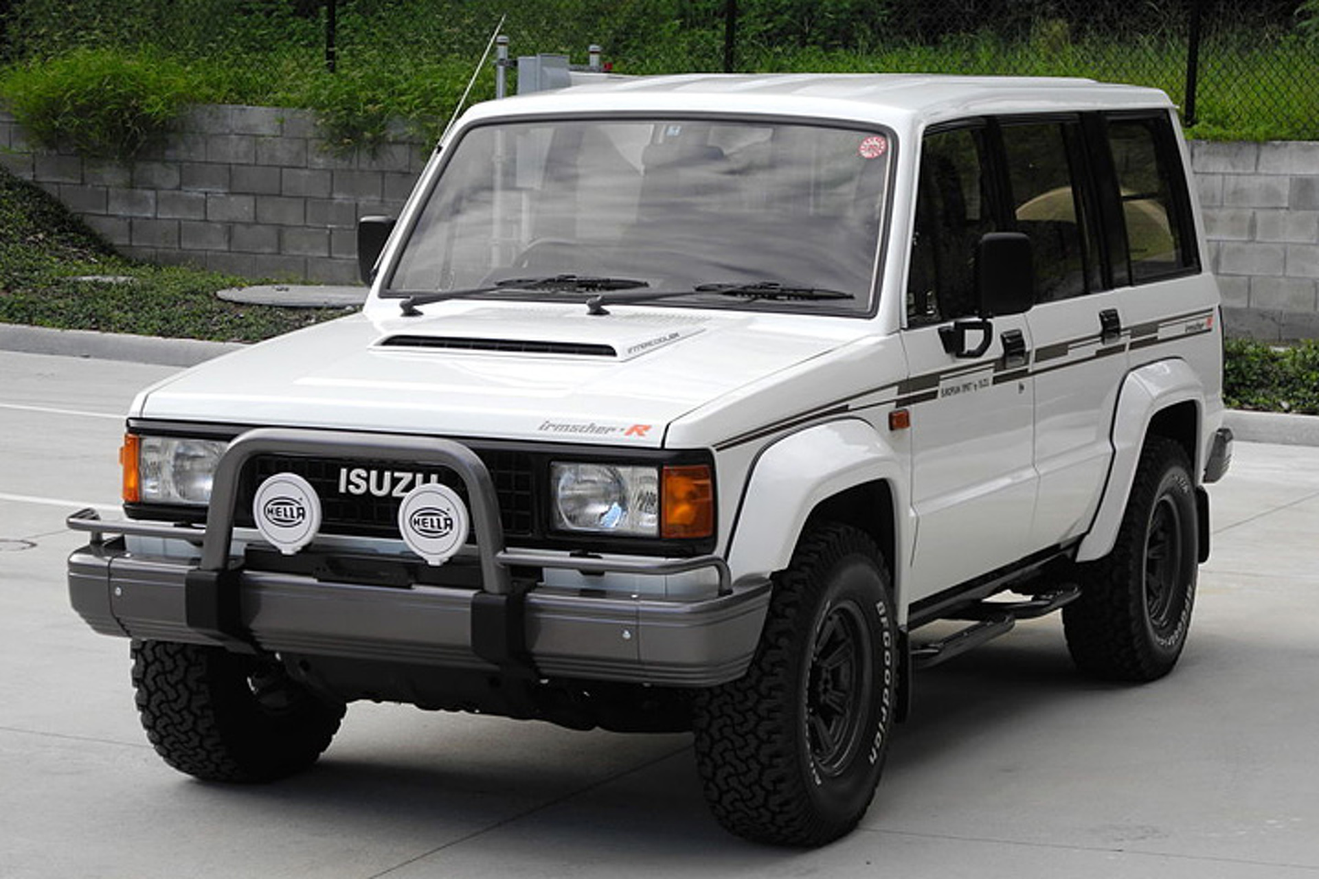 This Rare Isuzu Bighorn Has Driven 22,000 Miles Since 1989