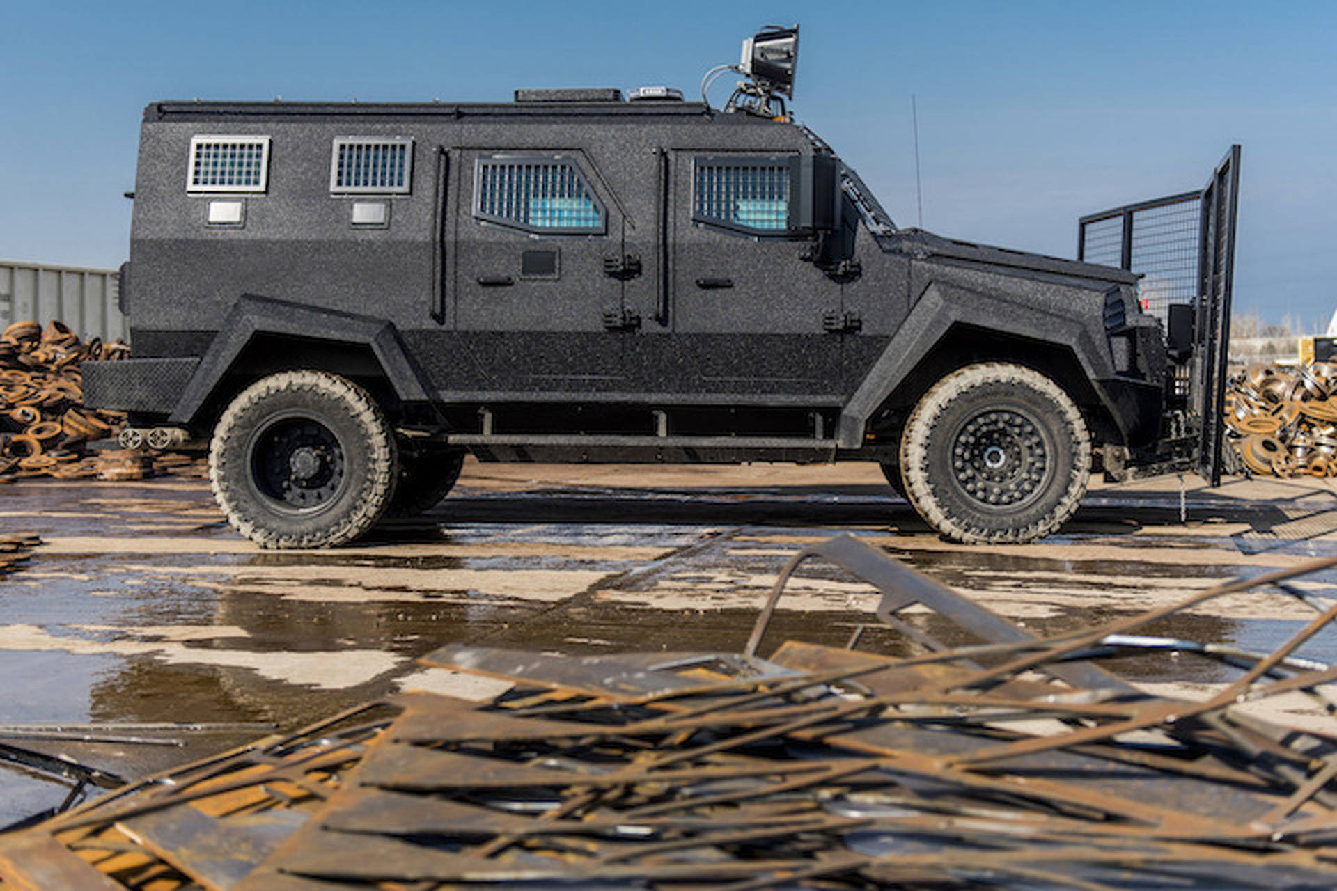 New Inkas Sentry APC Puts All Other Armored SUVs to Shame