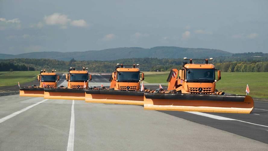 Mercedes-Benz Tests Gigantic Autonomous Airport Snowplows