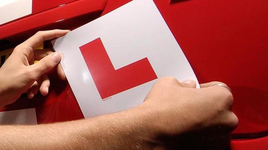 Governo quer identificação de motorista novato no carro