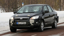 2010 Ford Focus prototype mule spy photo