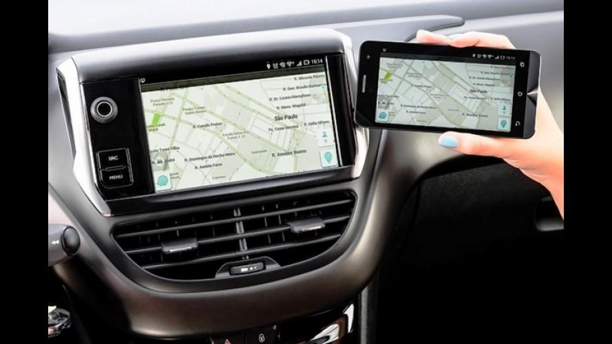 Peugeot anuncia central com TV, GPS e câmera de ré para 208 e 2008 por R$ 4.890