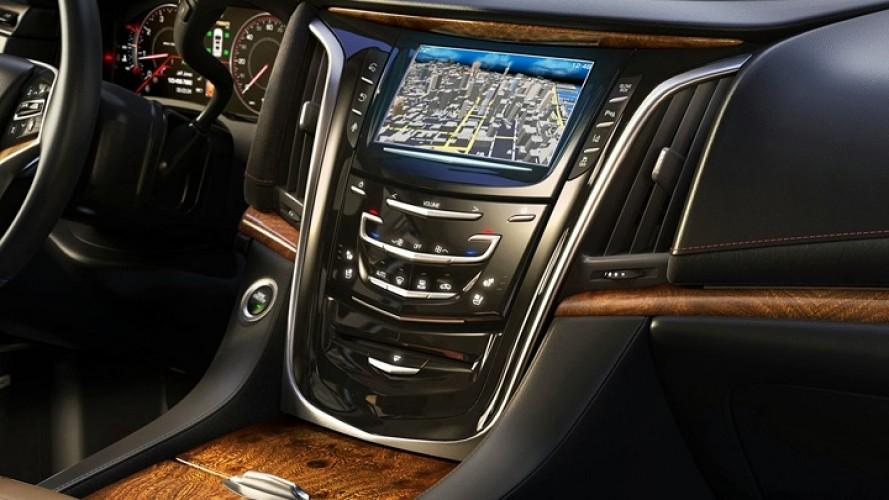 Cadillac Escalade 2015 tem primeiras imagens do interior reveladas