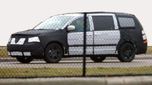 2008 Chrysler Voyager (Dodge Caravan) Spy Photo