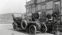 Daimler-Benz Commercial Vehicles 100 Years Ago