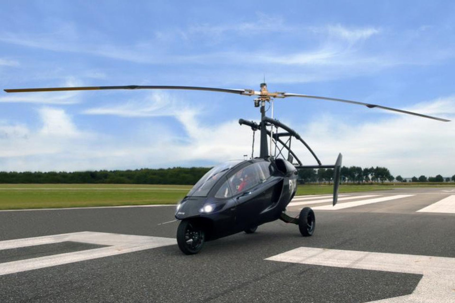 Pal-V One Is Part-Gyrocopter, Part-Motorcycle, All Awesome [Video]