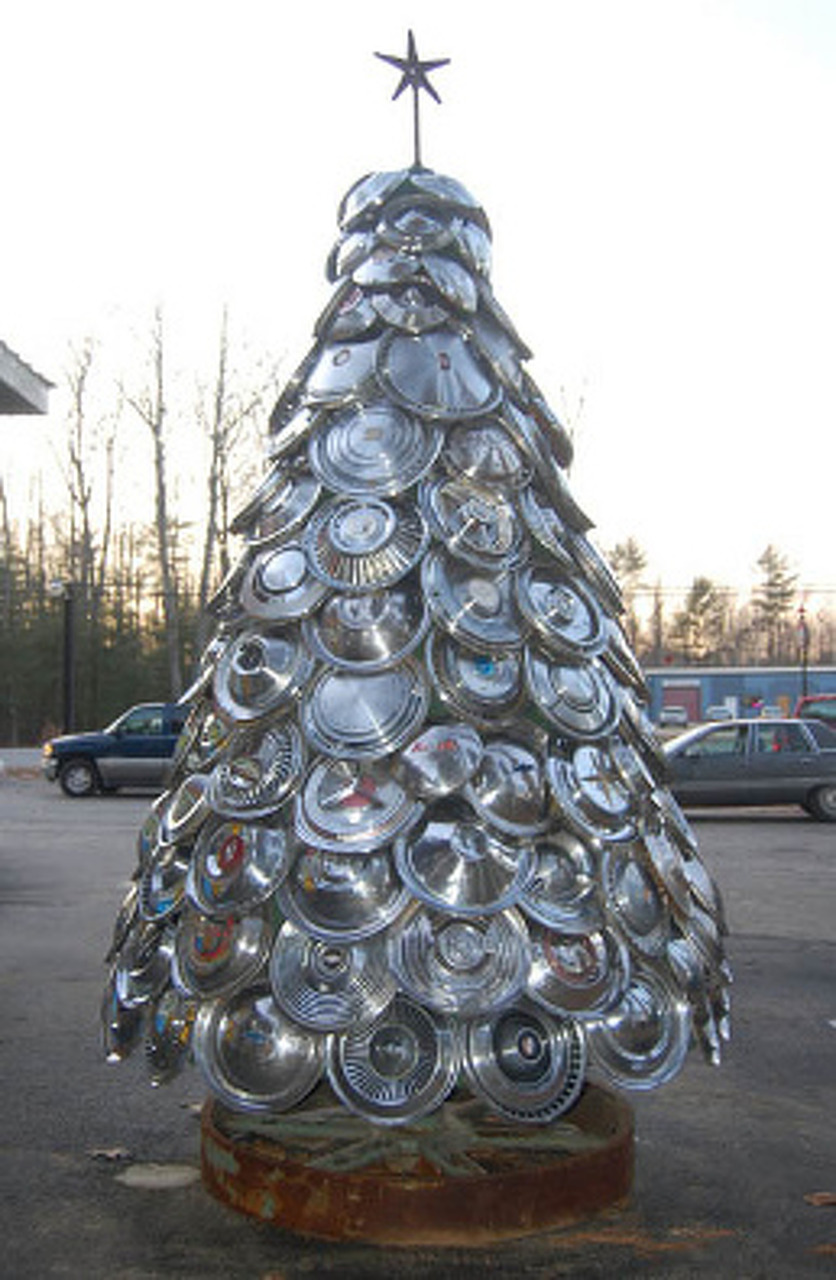 'Tis The Season For Chrome: A Hubcap Christmas Tree