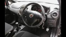 Fiat Punto reestilizado agora aparece na versão Abarth - veja fotos