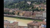 Voragine lungarno Firenze