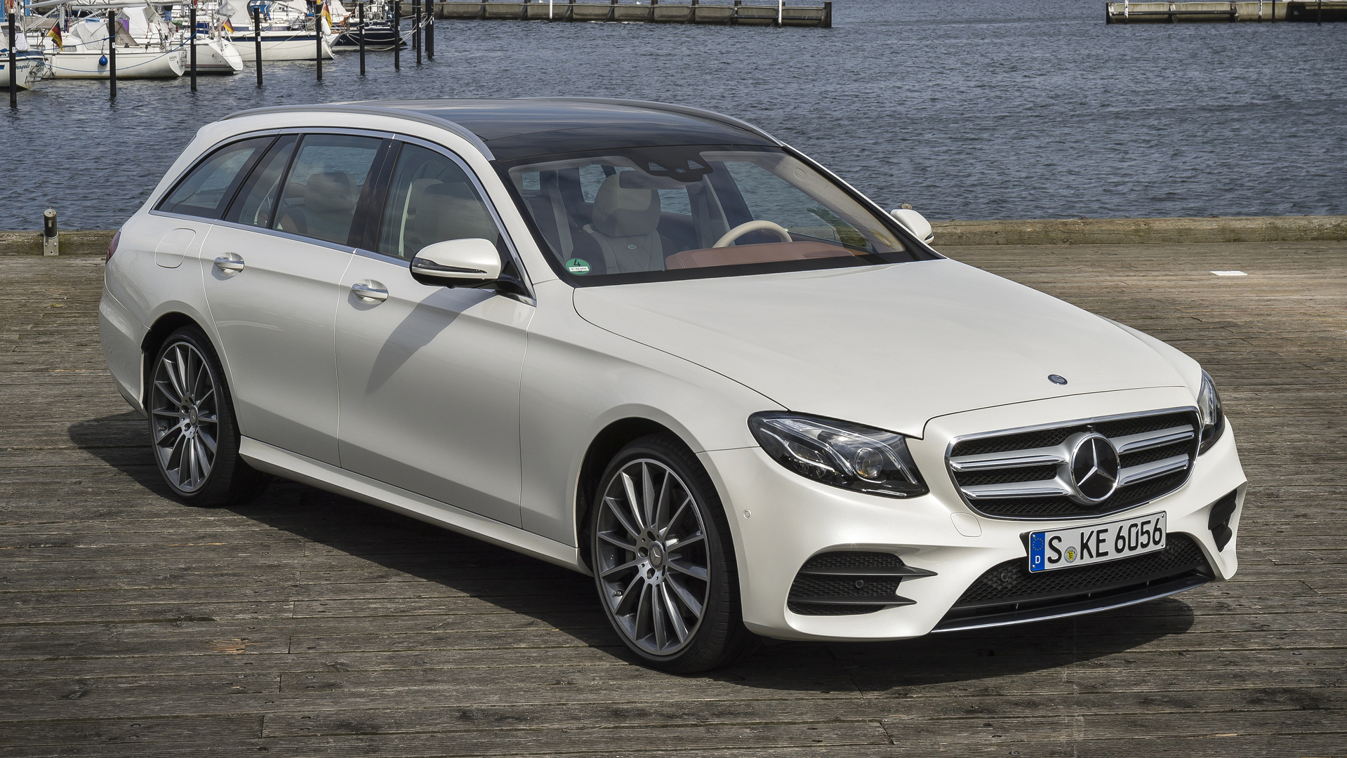 https://icdn-7.motor1.com/images/mgl/XrVWV/s1/2017-mercedes-benz-e400-wagon-review.jpg