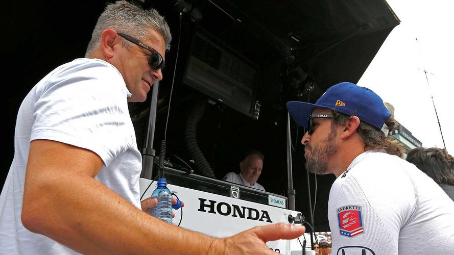 """Gil de Ferran: """"Alonso é um dos melhores pilotos que já vi"""""""