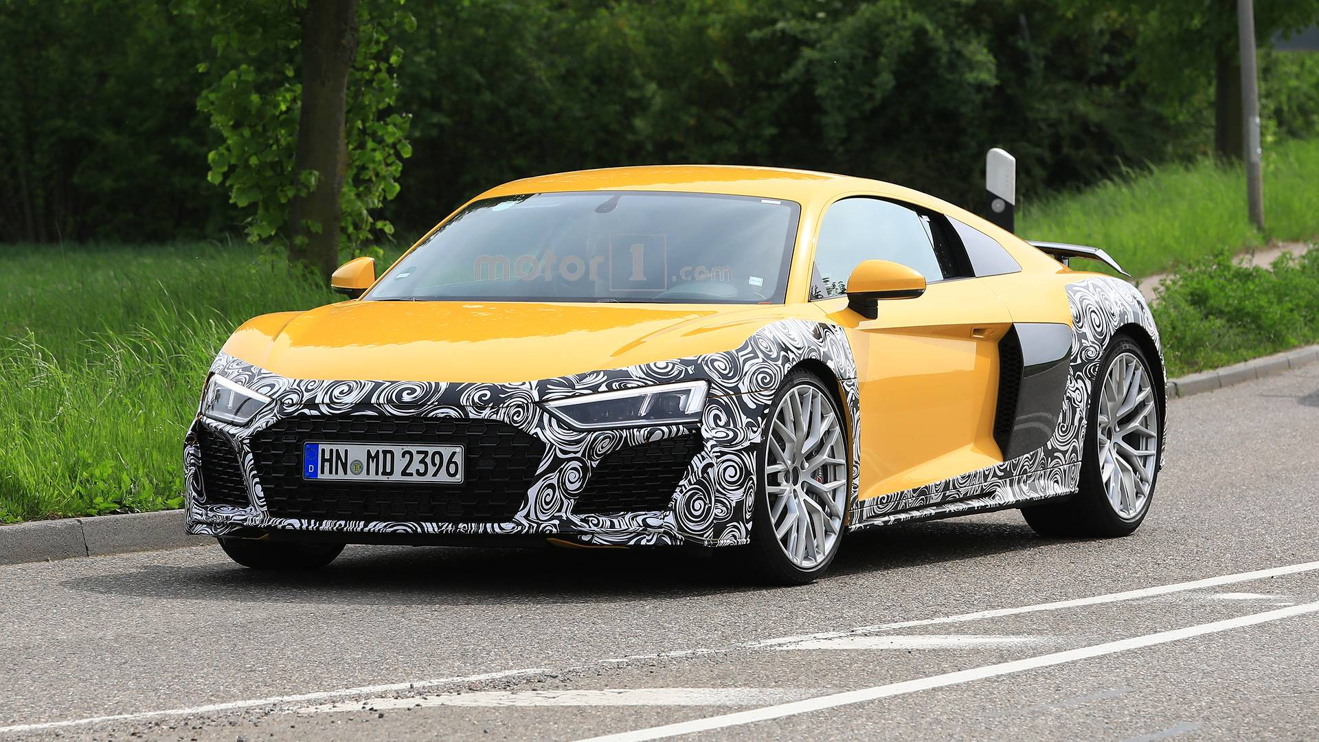 2015 - [Audi] R8 II / R8 II Spider - Page 14 Audi-r8-refresh-spy-photos