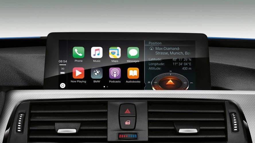 BMW, Apple CarPlay'i ücretlendiriyor!