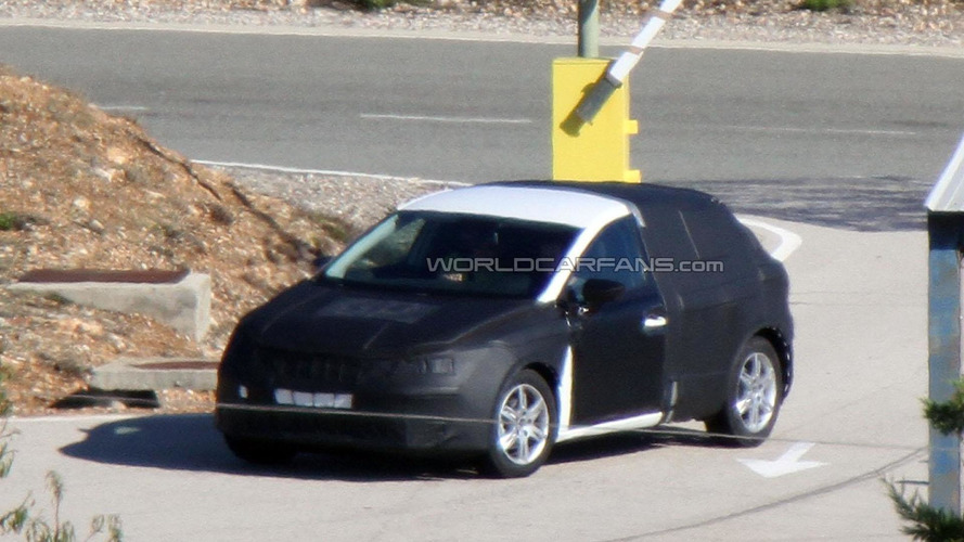 2013 Seat Leon spied with less camouflage