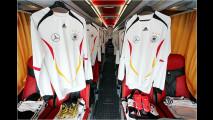 Fußballbus von Mercedes