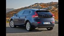 Volvo V40 reestilizado estreia em março no Salão de Genebra