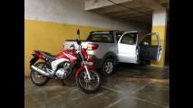 Avaliamos o extensor de caçamba da Fiat Strada com a Honda CG: confira passo a passo
