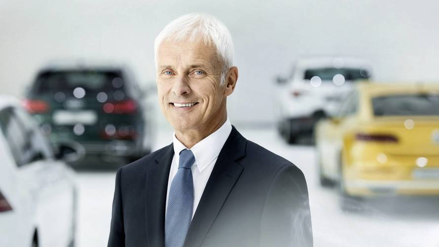 A Volkswagen vezetője durván beszólt a Teslának