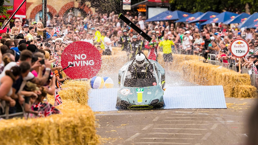Aston Martin - La course de la caisse à savon en vidéo