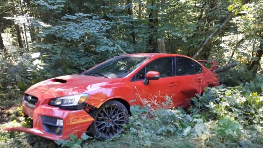 VIDÉO - Il fracasse sa Subaru WRX STI