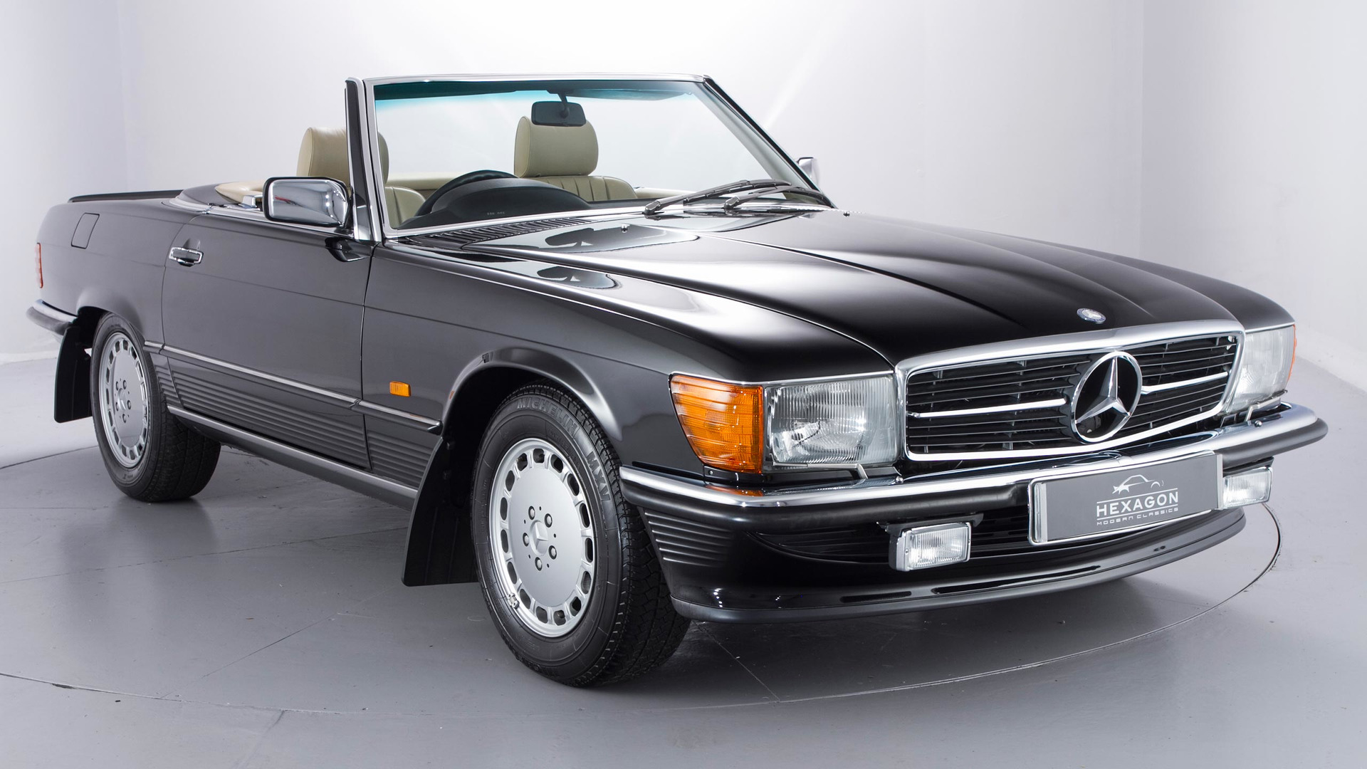 time capsule 1989 mercedes 500sl with 965 miles is for sale. Black Bedroom Furniture Sets. Home Design Ideas
