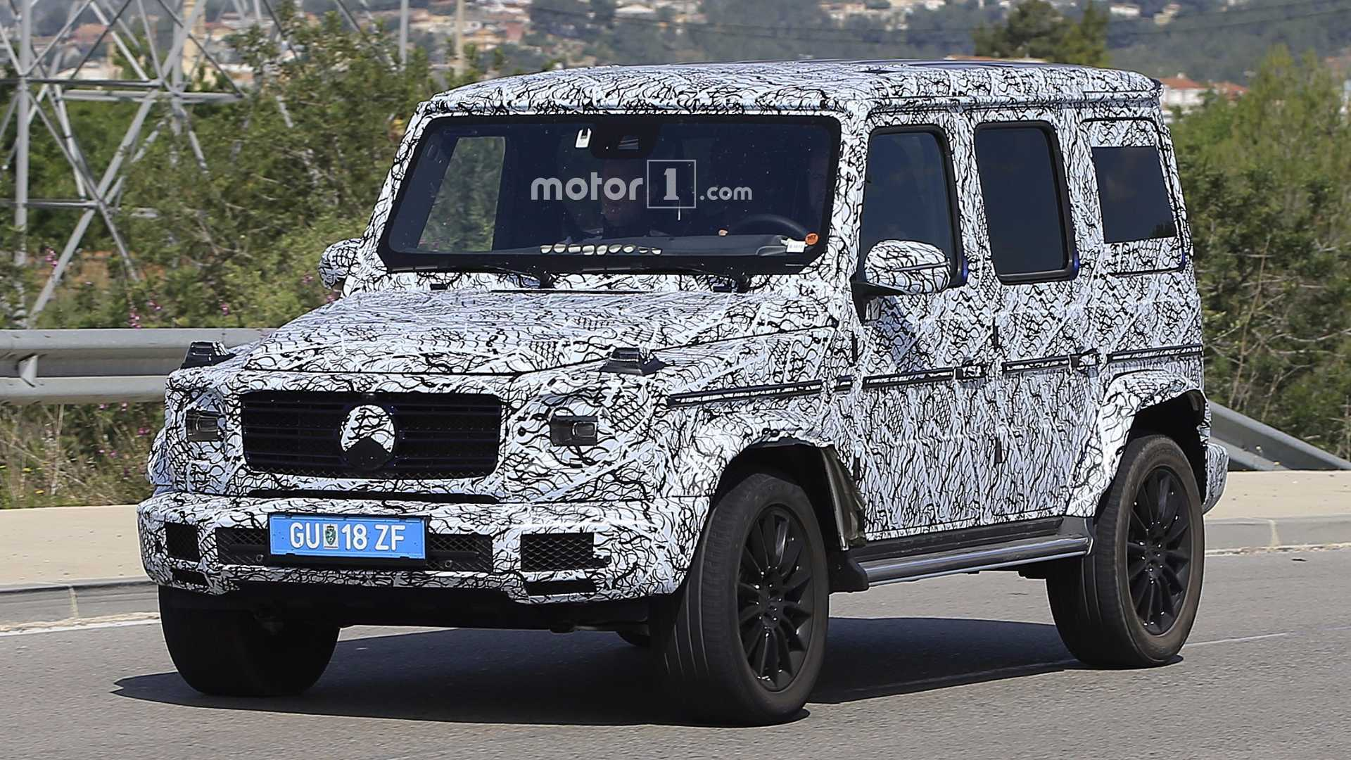 2018 Mercedes G Cl Spied Looking A Lot Like Its 1979 Ancestor