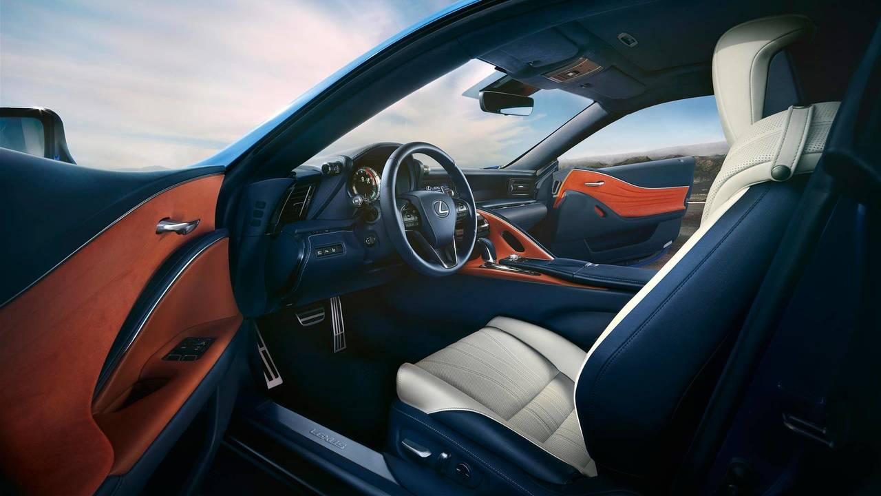 Lexus LC 500 Structural Blue Rengi