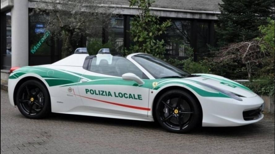 Ferrari 458 Spider, dalla Camorra alla Polizia