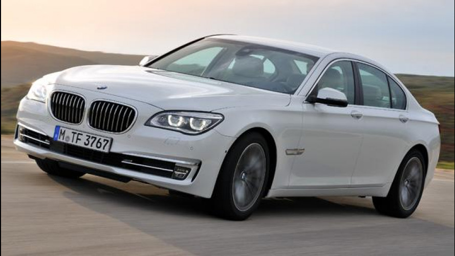 BMW Serie 7 restyling: l'ammiraglia sportiva, anche a gasolio