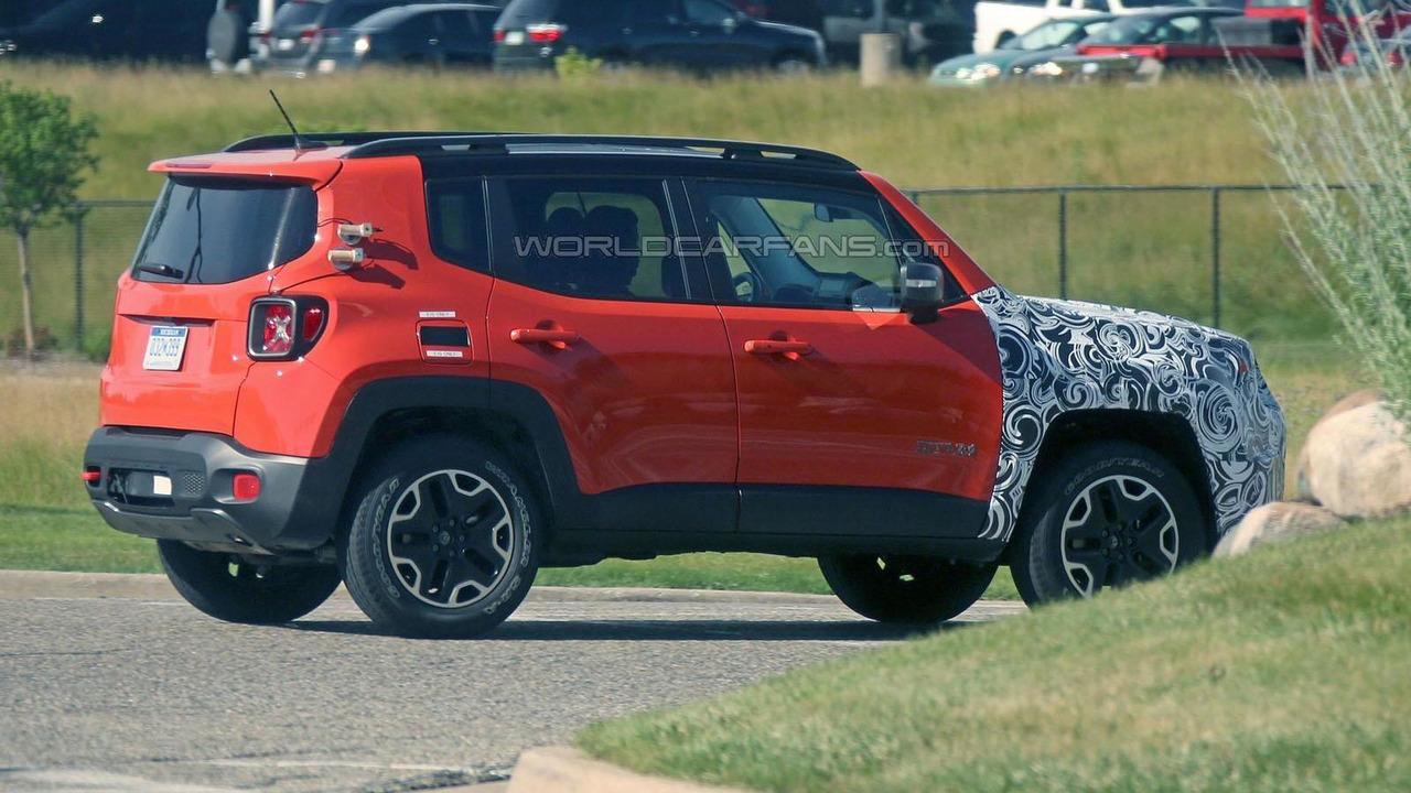 Mysterious Jeep Renegade prototype