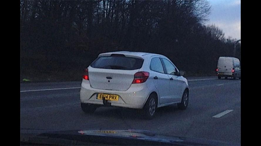 Flagra: novo Ford Ka brasileiro é visto em testes no Reino Unido