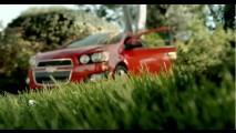 Super Bowl: Uma voltinha com o Chevrolet Sonic RS