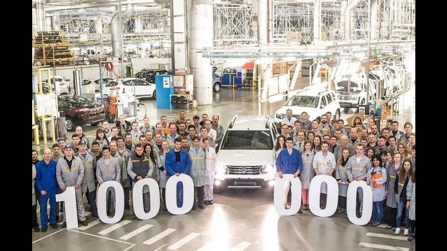 Duster celebra produção de 1 milhão de carros da Renault na Rússia