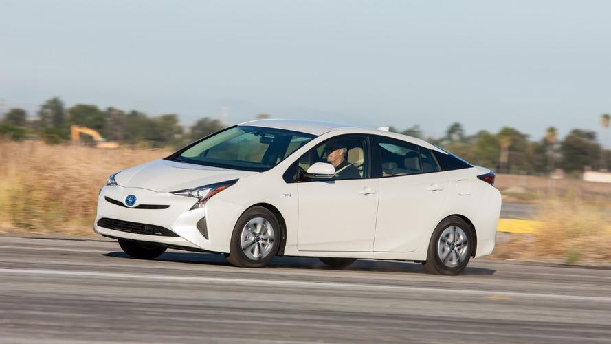 Toyota Prius triplica vendas e vira líder entre os híbridos