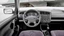 VW Golf III radio