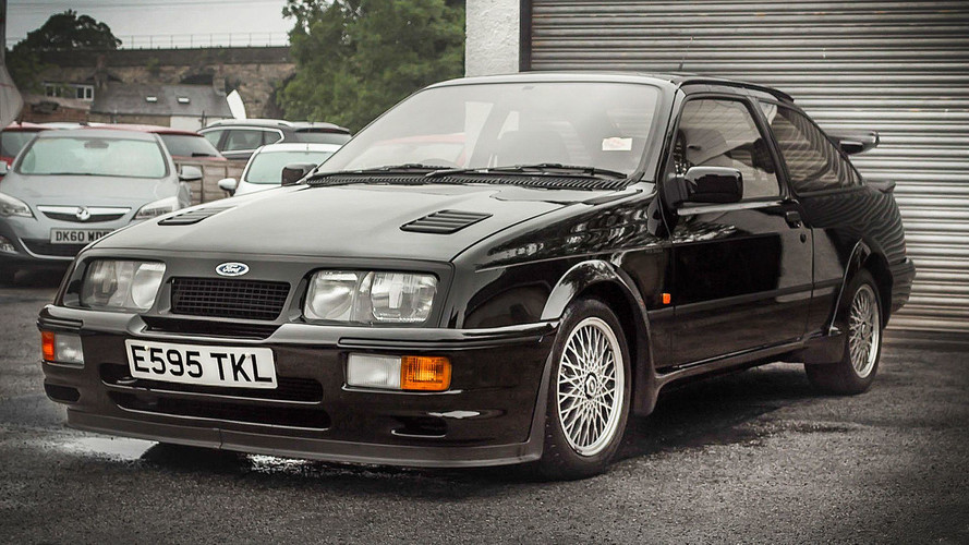 Bu Ford Sierra Cosworth RS500 yeni sahibini arıyor