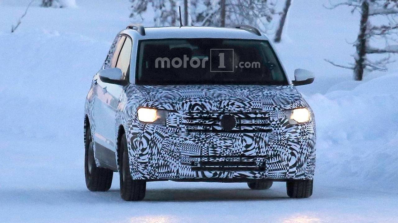 2018 Volkswagen T-Cross CUV spy photo
