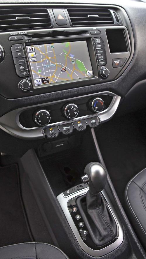 2012 Kia Rio sedan and facelifted Soul revealed in New York