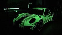 Blackbox-Richter Glow In The Dark Wrap Porsche 911