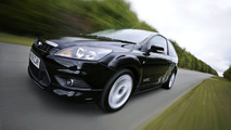 Sporty Ford Focus Zetec S Added for UK