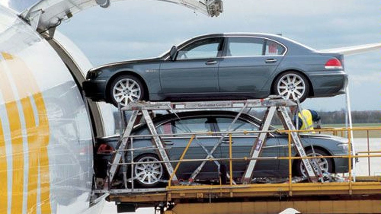 BMW 760Li into jumbo-jet in Munich