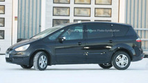 Ford S-Max Spy Photos