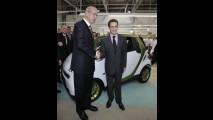 Nicolas Sarkozy e Dieter Zetsche nello stabilimento di Hambach (Francia)